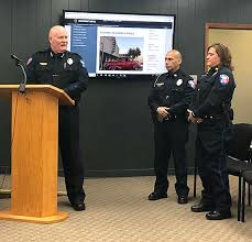 Marble Falls recognizes new police captains, beautification ...