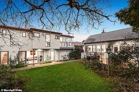 A recent leak from labor frontbenchers shows there are people within. Sky News Presenter Andrew Bolt Sells His Four Bedroom Melbourne Home Daily Mail Online