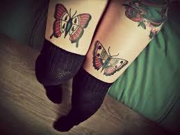 Motýl Tetování Na Noze Dívky Hodnota A Fotografie