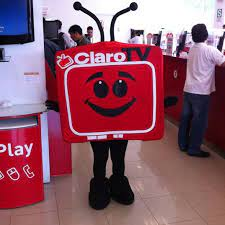 Baju olah raga berkerah merah kombinasi kuning : Http 10391144230 Claro Play 4