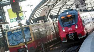 Jun 24, 2021 · mögliche streiks bei der deutschen bahn: Bahnstreik Nicht Unwahrscheinlich Lokfuhrer Gewerkschaft Bricht Verhandlungsrunde Ab Rbb24