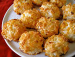 Images & Illustrations of coconut macaroon