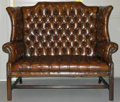 2 sur 8 rare 1973 geroge iii chesterfield hand dyed wingback leather two seat bench sofa