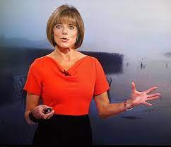 Fan page for the amazing louise lear who is sadly not on twitter!! Louise Lear Bio Affair Married Husband Net Worth Ethnicity Salary Age Nationality Height Weather Presenter