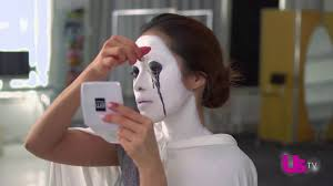 mice phan creates easy makeup tutorial for american horror story demon by us weekly lhlagr7dehvlko6zaccvj