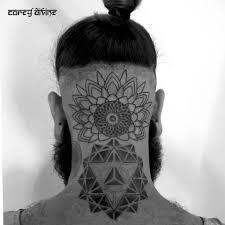 татуировки на голове фото тату на голове