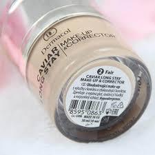 dermacol make up caviar long stay make up corrector kem có 4 tone màu được chú thích ở đáy kỹ càng