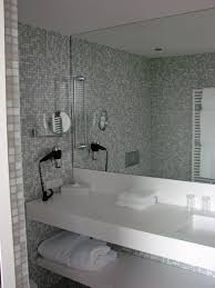 Frameless Bathroom Mirror Frameless Bathroom Mirror With Elegant Bathroom Mirrors Frameless