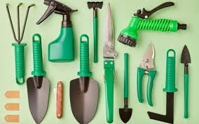 diffe types of gardening tools