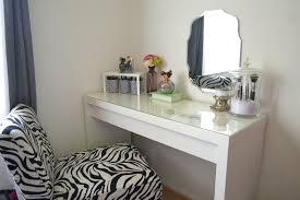 Makeup Tables For Bedrooms Diy Makeup Vanity Brilliant Setup For Your Room