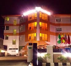 Alpina Hotel Alpina Lodge Hotel In Wuse District Nitestaycom