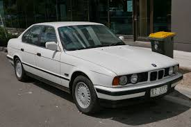 BMW 5 Series (E34) - Wikipedia
