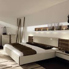 Schlafzimmer Flieder Braun Innenfarbe In Braun Hellbraun Streichen