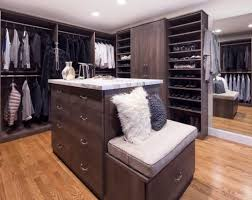 consider peninsulas and islands luxury walk in closets photos