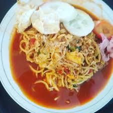 Mie aceh tumis ini adalah jenis mie yang paling sering dihidangkan pada saat anda memesan mie di aceh. Mie Aceh Goreng Visitbandaaceh Com