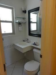 best western cabrillo garden inn. Best Western Cabrillo Garden Inn: Banheiro Limpíssimo! Inn R