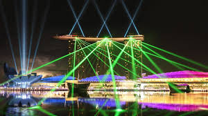 spectacular lighting. wonder full marina bay sands laser light show water screen attraction laservision spectacular lighting