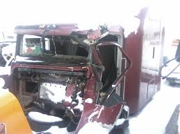 need wiring diagram help truckersreport com trucking forum 1 the damaged cab removed from truck