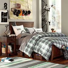 Plaid Bedroom Bedroom Master King Size Bed With Checkered Bedding Set