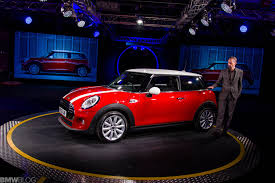 new car launches of 2014New MINI makes worldwide debut at Plant Oxford