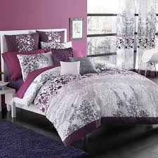 a fashionable color palette matched with a transitional fl pattern makes this duvet cover a stylish