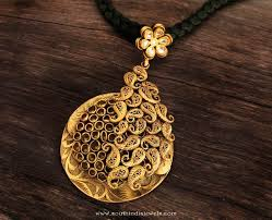 gold antique pendant from karpagam jewellers