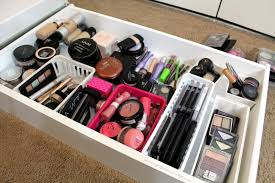 Fulgurant Write Along With Measure Your Drawers Then Diy Custom Drawer  Dividers Getglammedup in Makeup Drawers