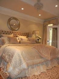 White Gold Bedroom Ideas Modern Golden White Blended Bedroom Design ...