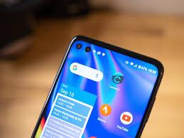 Motorola One 5G vs. Samsung Galaxy A71 ...