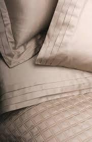 home treasures pleats and bloc quilt