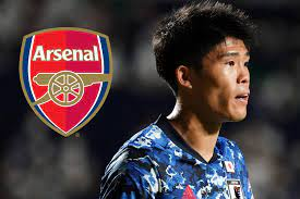 Tomiyasu eases fitness fears after £16m ...