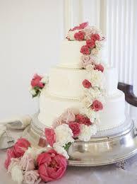 Wedding Cakes With Fresh Flowers Simple Natural Elegant J