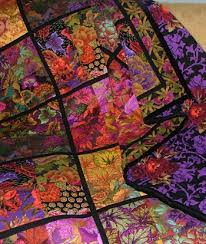843 best Quilts images on Pinterest | Abstract, Crafts and Embroidery & Great colors, easy. It looks like a four patch sashed with black. Crazy  QuiltingQuilting IdeasPatchwork QuiltingCrazy ... Adamdwight.com