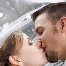 10 tips for kissing which will leave