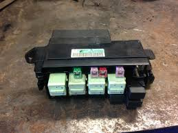 mini cooper s r56 engine bay fuse box 6906548 wilkin auto parts mini cooper s r56 engine bay fuse box