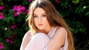 Tons of awesome shailene woodley wallpapers to download for free. Shailene Woodley 2019 Wallpapers Wallpaper Cave