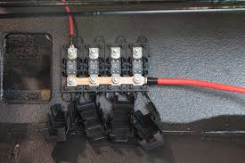mounting fuses • infinitybox just a quick warning about connecting the mega fuse and 8 awg power feeds you want to connect all of the powercell feeds back to the same mega fuse holder