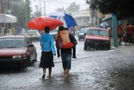 Resultado de imagen para imagenes de lluvias en santo domingo