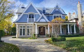 Marvelous $3.1 Million Nantucket Style Home In Winnetka, IL