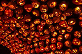 7,000 hand-carved pumpkins light up the Hudson Valley at the annual Great Jack O'Lantern Blaze - Roadtrippers