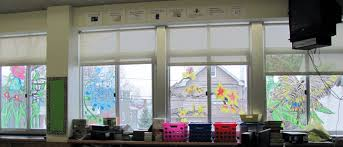 classroom window. How To Decorate A Classroom Beautifully! Window T