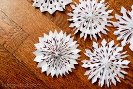 How To Make A 3d Snowflake Medallion Snowflakes One Dog Woof