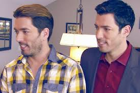 Beware HGTV's House-Flipping Fantasy Loop