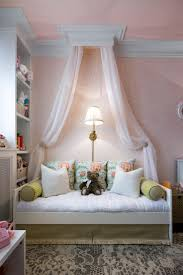 Small Bedroom With Daybed 17 Best Daybed Ideas On Pinterest Pallet Daybed Daybed Room And