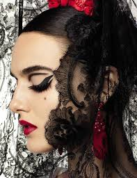 the spanish effect statement graphic eyeliner cats eye cut crease blanca padilla by miguel reveriego 4 vogue spain march