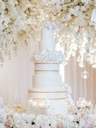 How To Decide On A Wedding Cake Style Inside Weddings