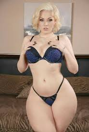 462 best images about curvy on Pinterest