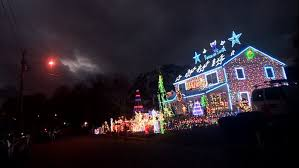 Christmas Lights Hartford Ct Familys Massive Christmas Lights Display Courts Controversy