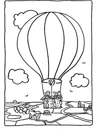 Kleurplaat Luchtballon Boven De Stad Kleurplatennl