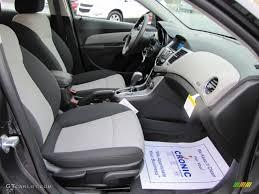 2011 Chevrolet Cruze LS interior Photo #38908374 | GTCarLot.com